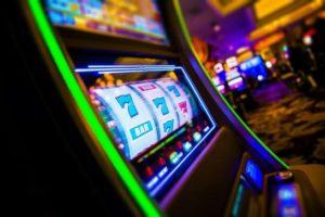 Игровые автоматы в мобильном приложении