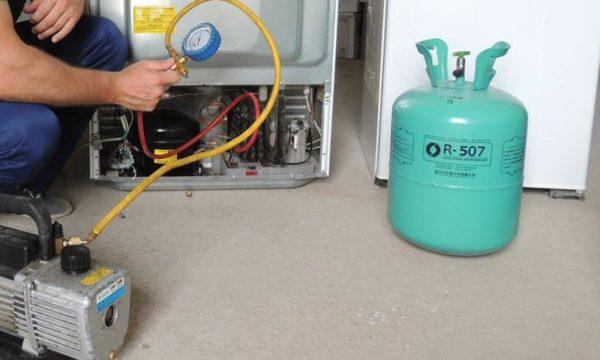 Заправка холодильников фреоном и ремонт этой бытовой техники