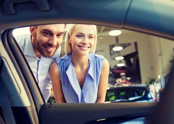 Совершение покупок для автомобиля с получением кэшбэка
