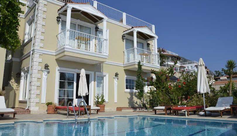 Аренда виллы в Турции или отель: что лучше?